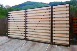 Poarta cu Gard Modern